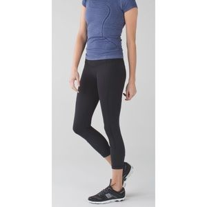 LULULEMON Black All The Right Places Crop II